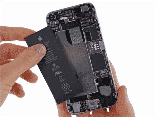 Zamena baterije na mobilnom telefonu