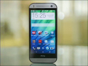 Zamena ekrana na HTC One mini 2 (M8 mini)
