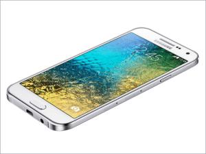 Zamena ekrana na Samsung E500 Galaxy E5