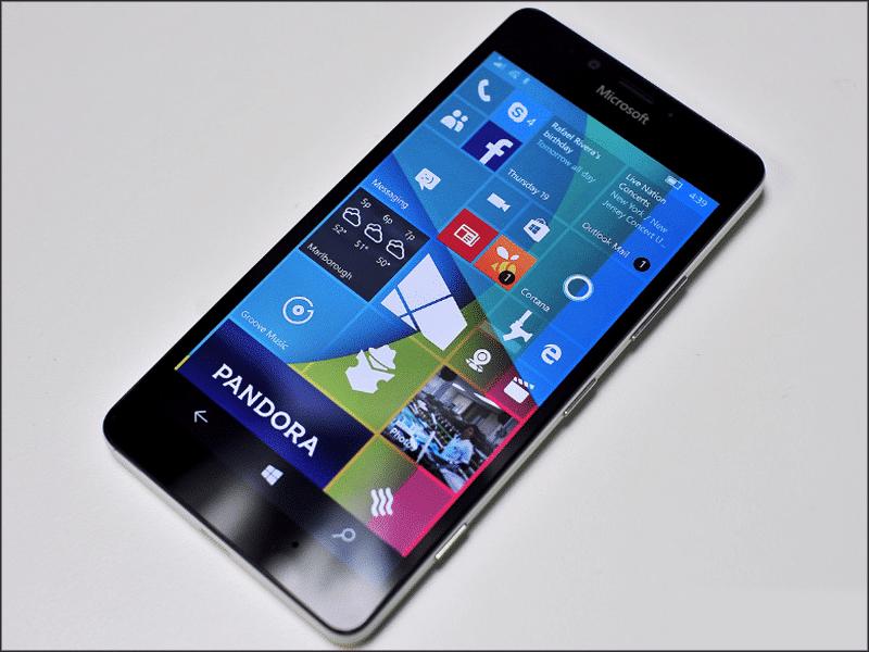 Zamena ekrana na Microsoft Lumia 950 u servisu Doktor Mobil
