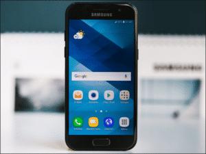 Zamena ekrana na Samsung Galaxy A3 2017 – servis Doktor Mobil