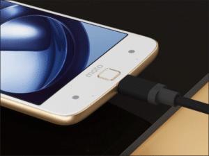 Zamena konektora punjenja na Motorola Moto Z – Doktor Mobil