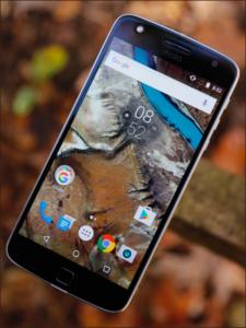Zamena ekrana na Motorola Moto Z Play u servisu Doktor Mobil