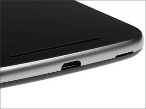 Zamena konektora punjenja na Motorola Moto E3 – Doktor Mobil