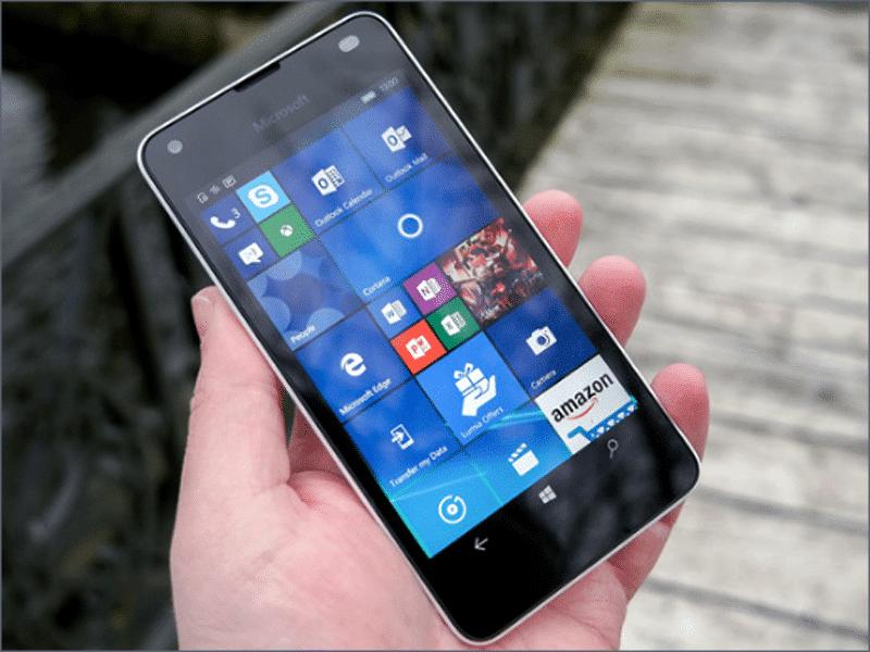 Zamena ekrana na Microsoft Lumia 550 u servisu Doktor Mobil