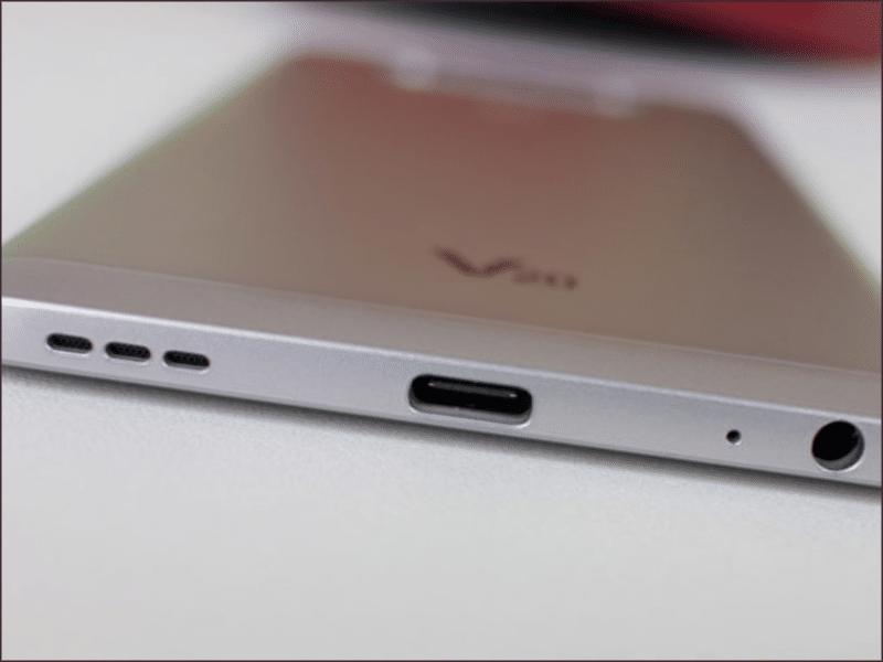 Zamena konektora punjenja na LG V20 u Doktor Mobil servisu