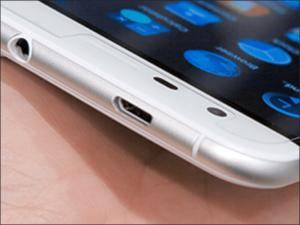 Zamena konektora punjenja Tesla Smartphone 6.1 – Doktor Mobil