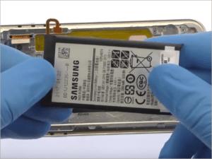 Samsung A3 (2017) – zamena baterije u servisu Doktor Mobil u Beogradu