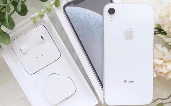 iPhone XR - slika 2