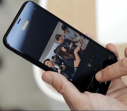 iPhone XR - zamena ekrana