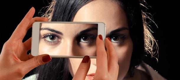 smartphone-eyes